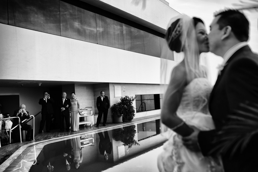 Copyright 2014 © Jamil Valle Wedding Photographer